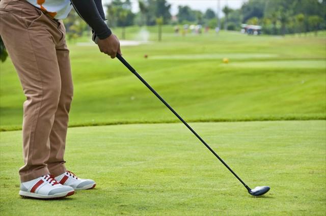 ゴルフのアドレス