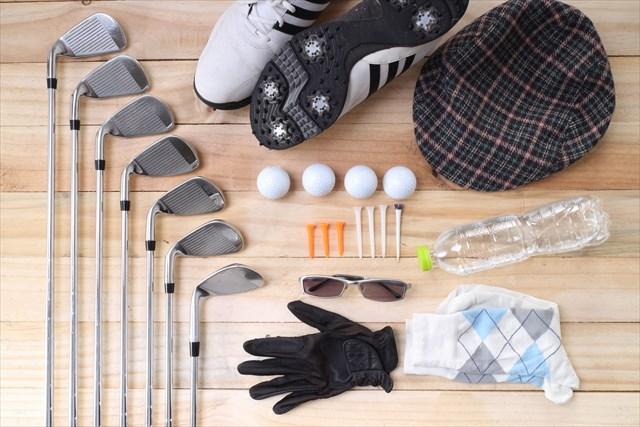 打ちっぱなしに持っていくゴルフ道具