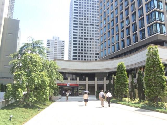三田店が入居しているビルの外観