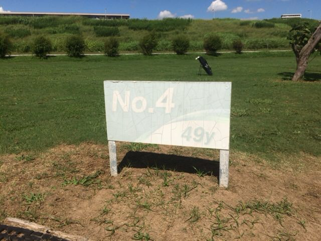 Bコースの4番ホールは49ヤード