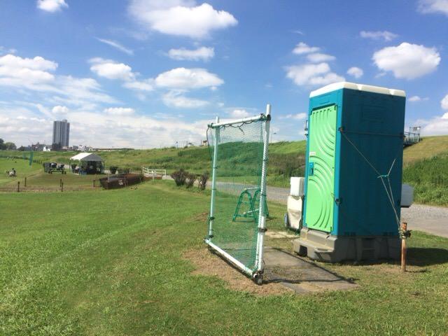AコースとBコースの間に設置されているトイレ